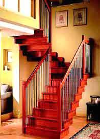 楼梯的视觉焦点 彰显出拾级而上的浪漫情怀