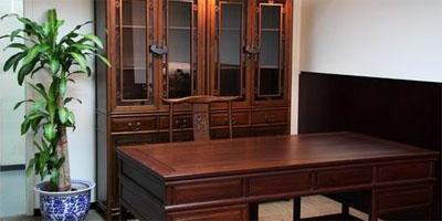 """""""奥运家具""""月底拍卖 罗格办公家具:120万元(图)"""