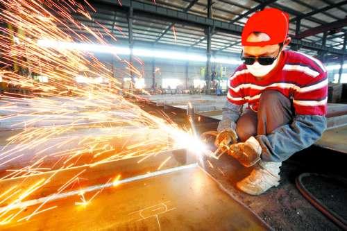 经济不断回升 催生钢构型材大热(图)