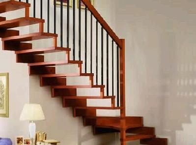 复式房的设计中楼梯装修的关键点